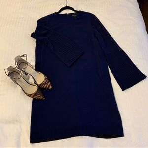 Maggy London Shift Dress w/ Pleated Bell Sleeve